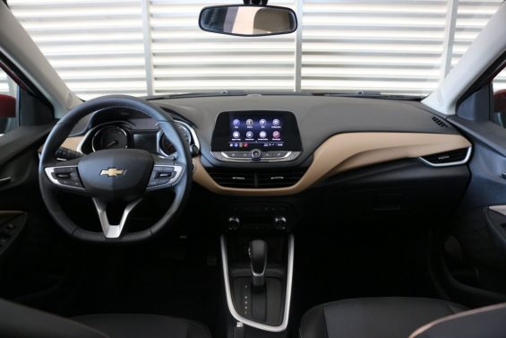 Chevrolet Onix Plus Premier foto Alexandre Carneiro