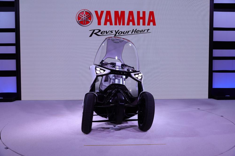 yamaha-mw-vision-1 Para os fãs de Motos, elas foram a grande atração no salão de Tóquio, saiba mais...