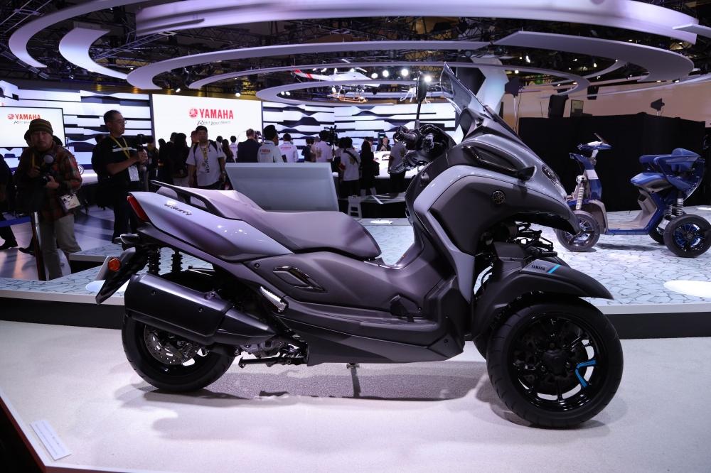 yamaha-tricity-300 Para os fãs de Motos, elas foram a grande atração no salão de Tóquio, saiba mais...