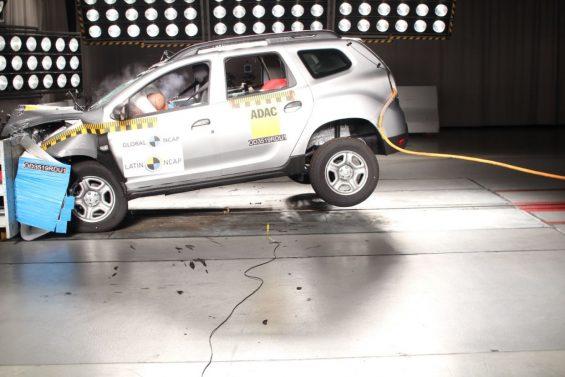 crash test renault duster 5