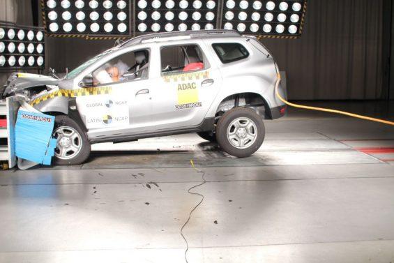 crash test renault duster 4