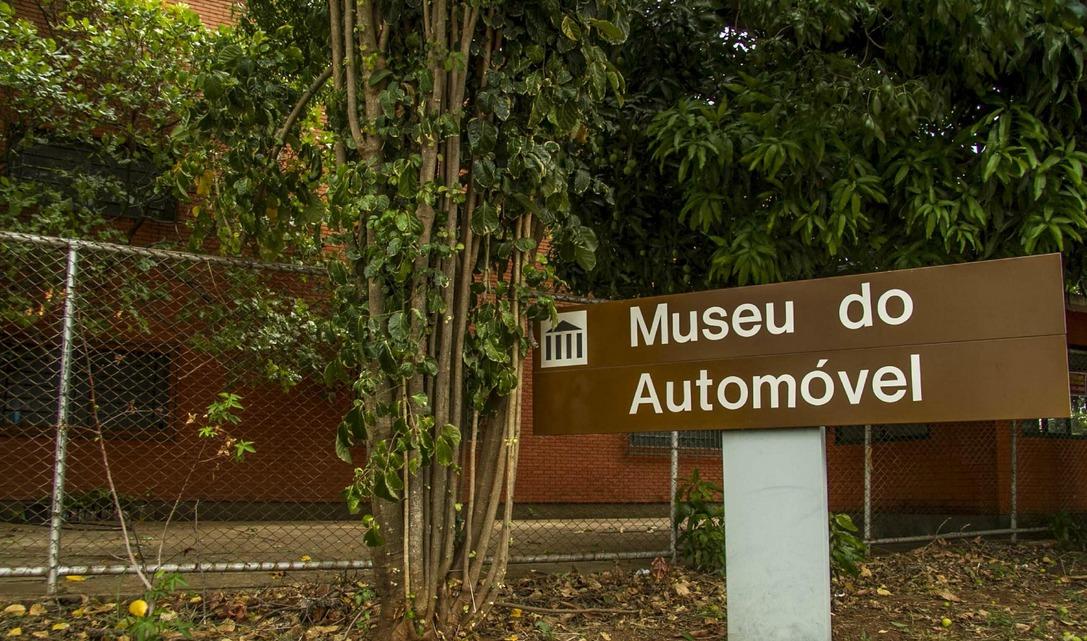 Museu do Automóvel de Brasília: No primeiro aniversário da perda do grande jornalista Roberto Nasser, uma homenagem especial com o carro Projeto Nasser