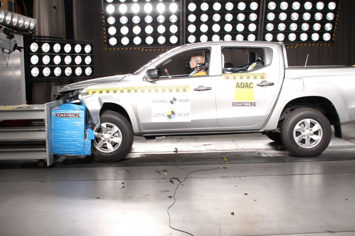mitsubishi l200 do latin ncap 2019 3