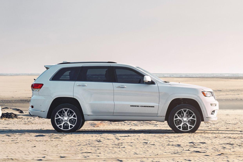 O Grand Cherokee 2020 foi lançado e continuará sendo oferecido em versão única a diesel, com preço sugerido de R$ 340 mil.