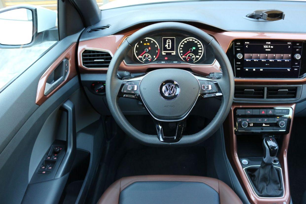 Volkswagen T-Cross Comfortline - painel