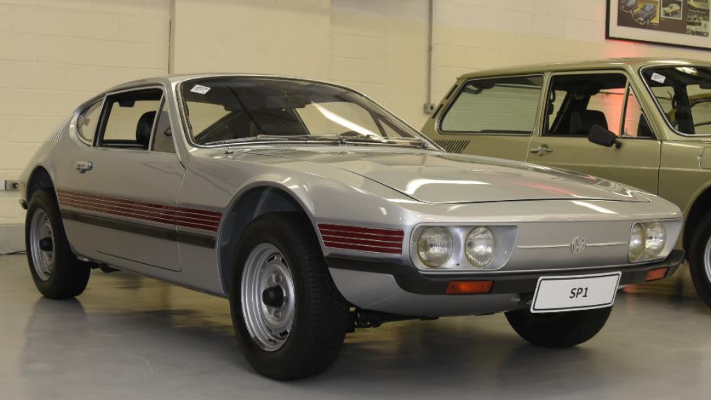 garagem-vw-volkswagen-sp1-1971 Você sabia disso? Carros da Volkswagen clássicos estão em garagem secreta...