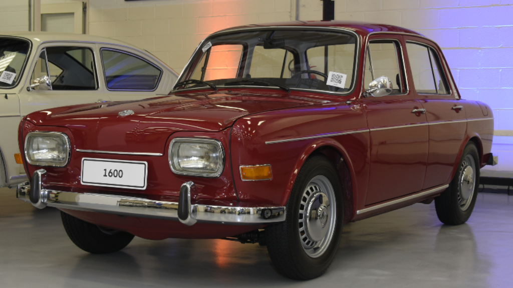 volkswagen-1600 Você sabia disso? Carros da Volkswagen clássicos estão em garagem secreta...