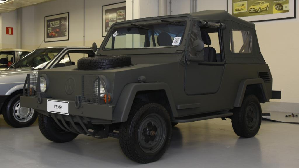 garagem-vw-volkswagen-vemp-1970-militar Você sabia disso? Carros da Volkswagen clássicos estão em garagem secreta...