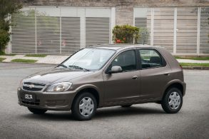 Após morte por airbag 'explosivo', GM faz recall de Celta e Classic