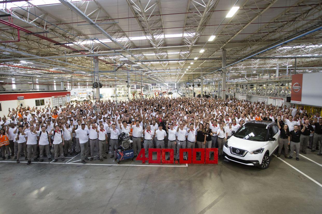 fabrica da nissan em resende comemora 400 mil unidades produzidas