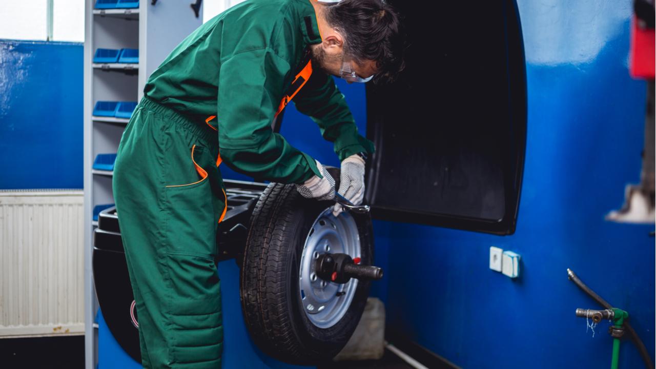 balanceamento roda traseira shutterstock