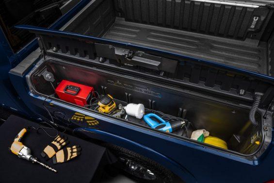 nova ram 2500 2020 cacamba compartimento ferramentas
