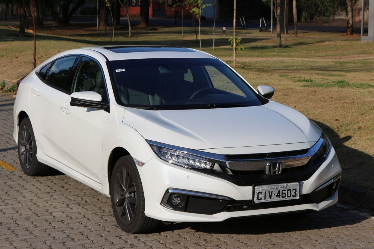 honda civic touring frente