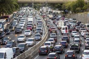Uso de carros não deve diminuir após a quarentena