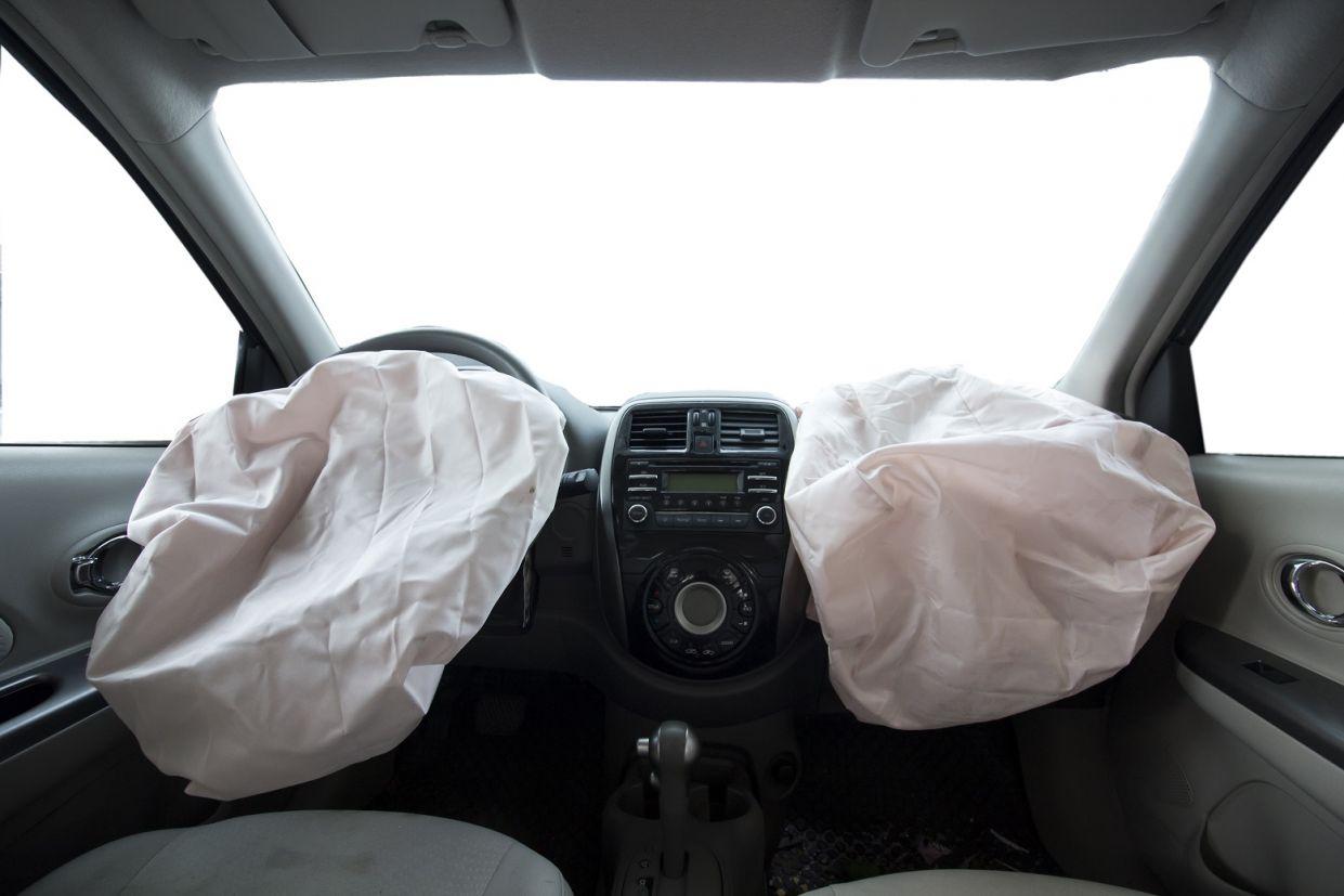 airbags-equipamentos-de-seguranca Você nem sabia, mas esses 7 equipamentos de segurança só se popularizaram por força da lei