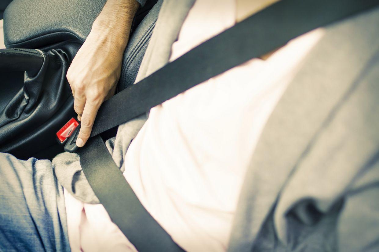 cinto-de-seguranca-equipamentos Você nem sabia, mas esses 7 equipamentos de segurança só se popularizaram por força da lei
