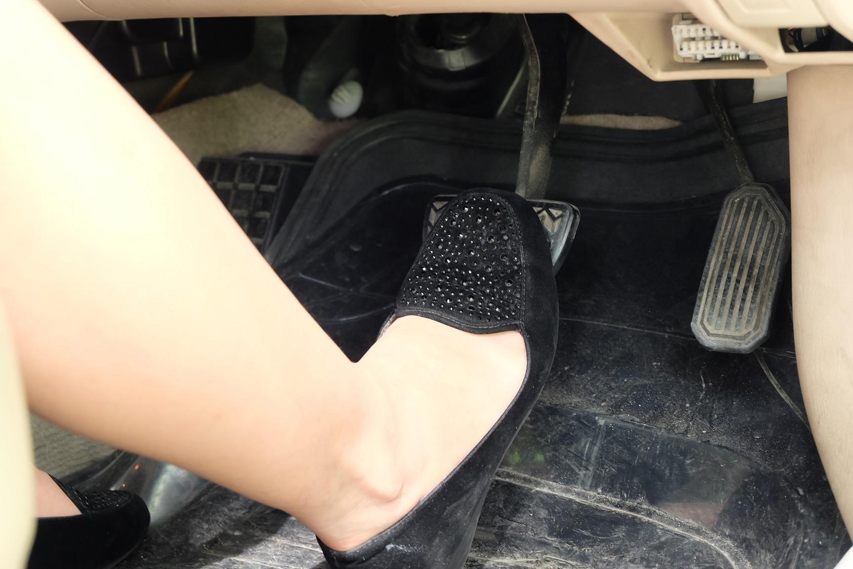 Macetes para carro: abs de pobre