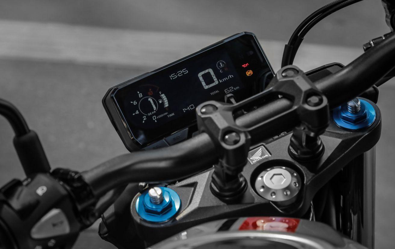 Painel da Honda CB 500F 2020