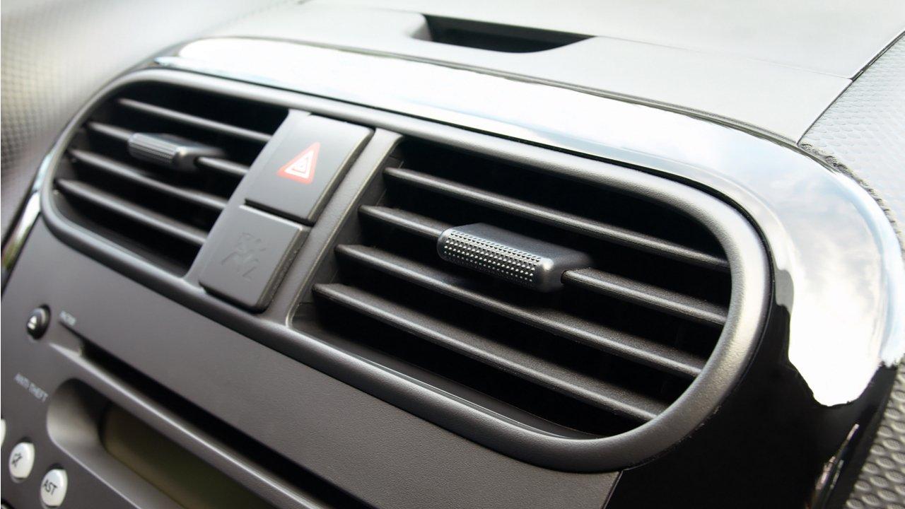 duto-ar-condicionado-carro-higienizacao-painel Coronavírus no ar-condicionado do carro: confira precauções