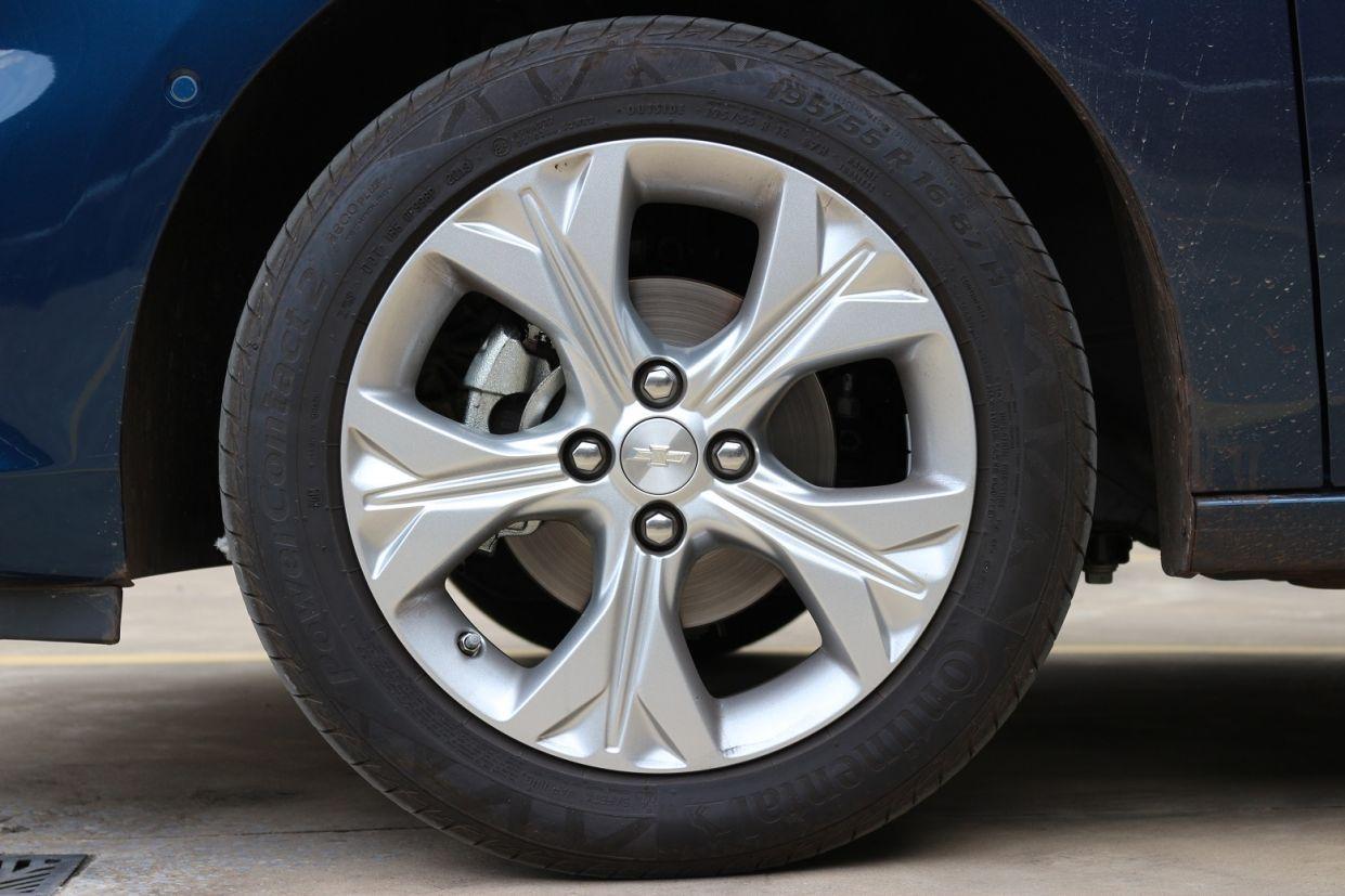 roda de liga leve aro 16 do chevrolet onix 2020 hatch