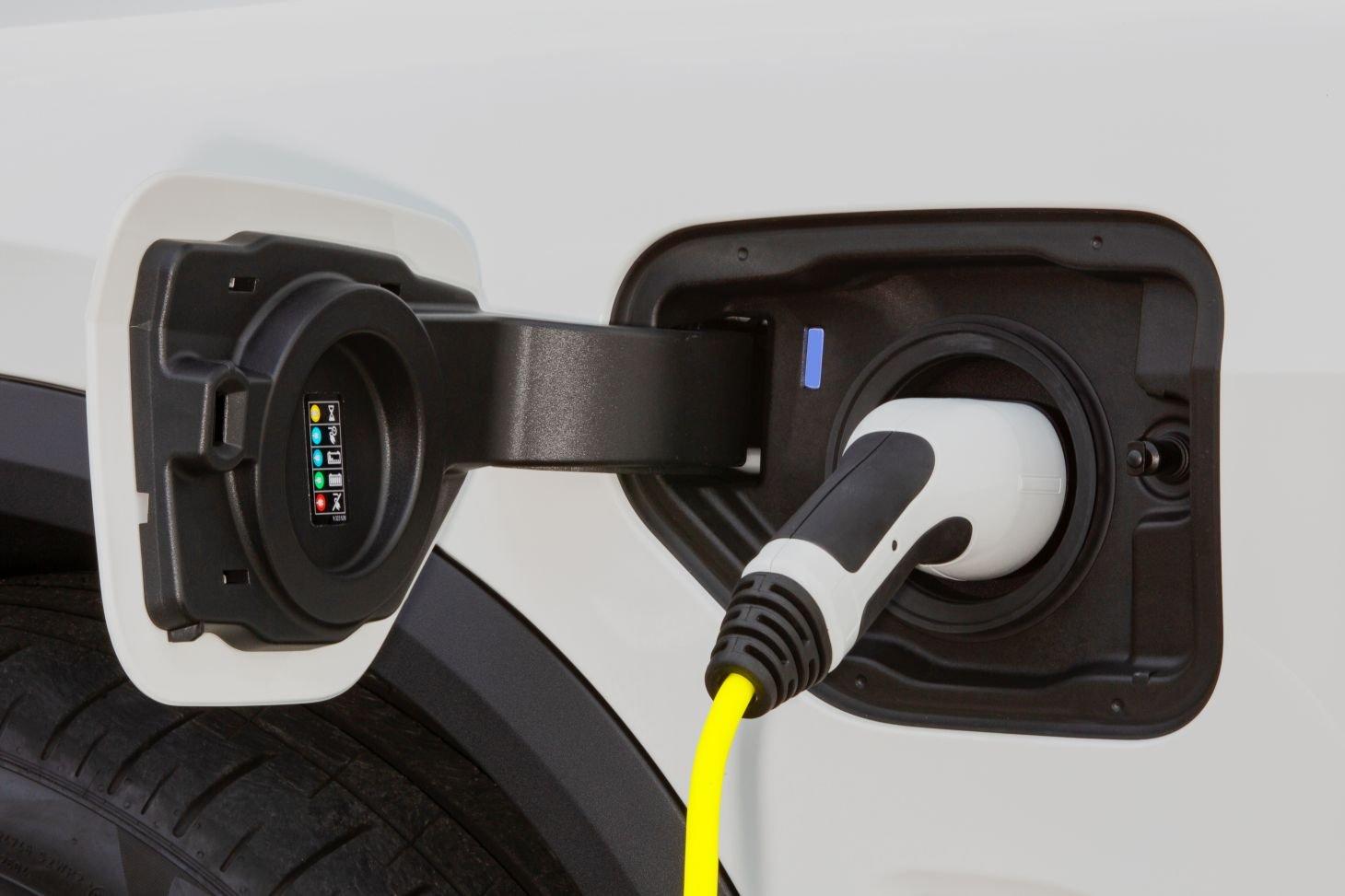 bmw x5 xdrive plug in
