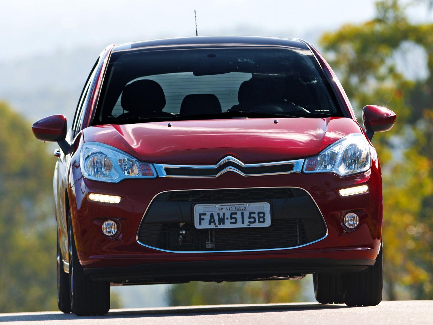 Citroën C3 vermelho