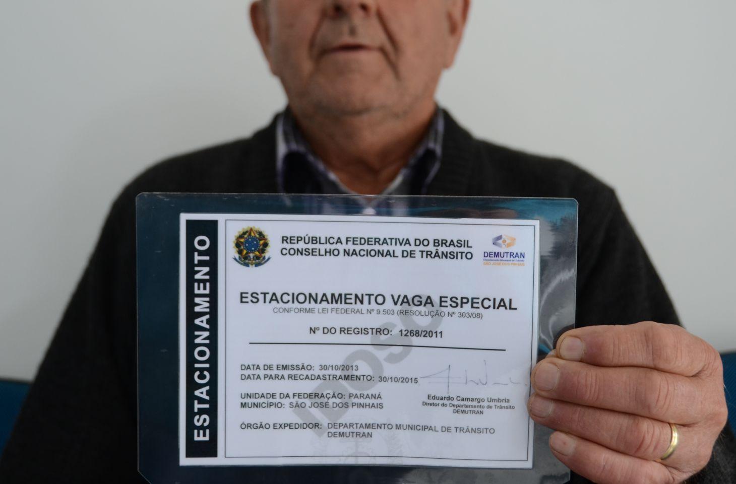 cartao de estacionamento do idoso credenciamento de estacionamento vaga especial idoso idoso segura documento da prefeitura de sao jose dos pinhais