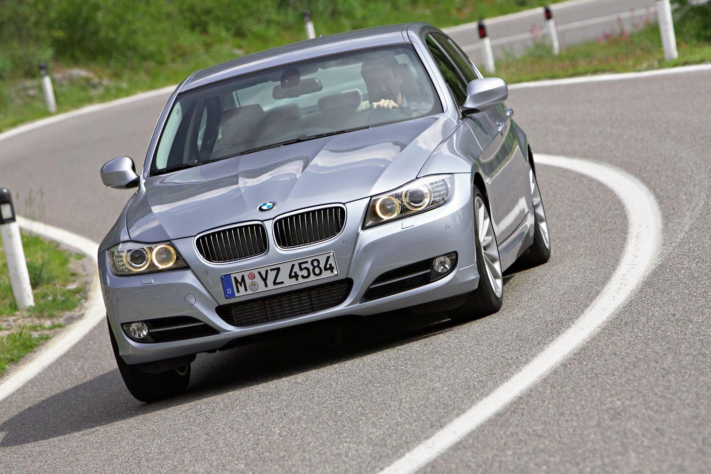 bmw_320_2011_prata Carros automáticos usados até R$ 50 mil: 10 opções