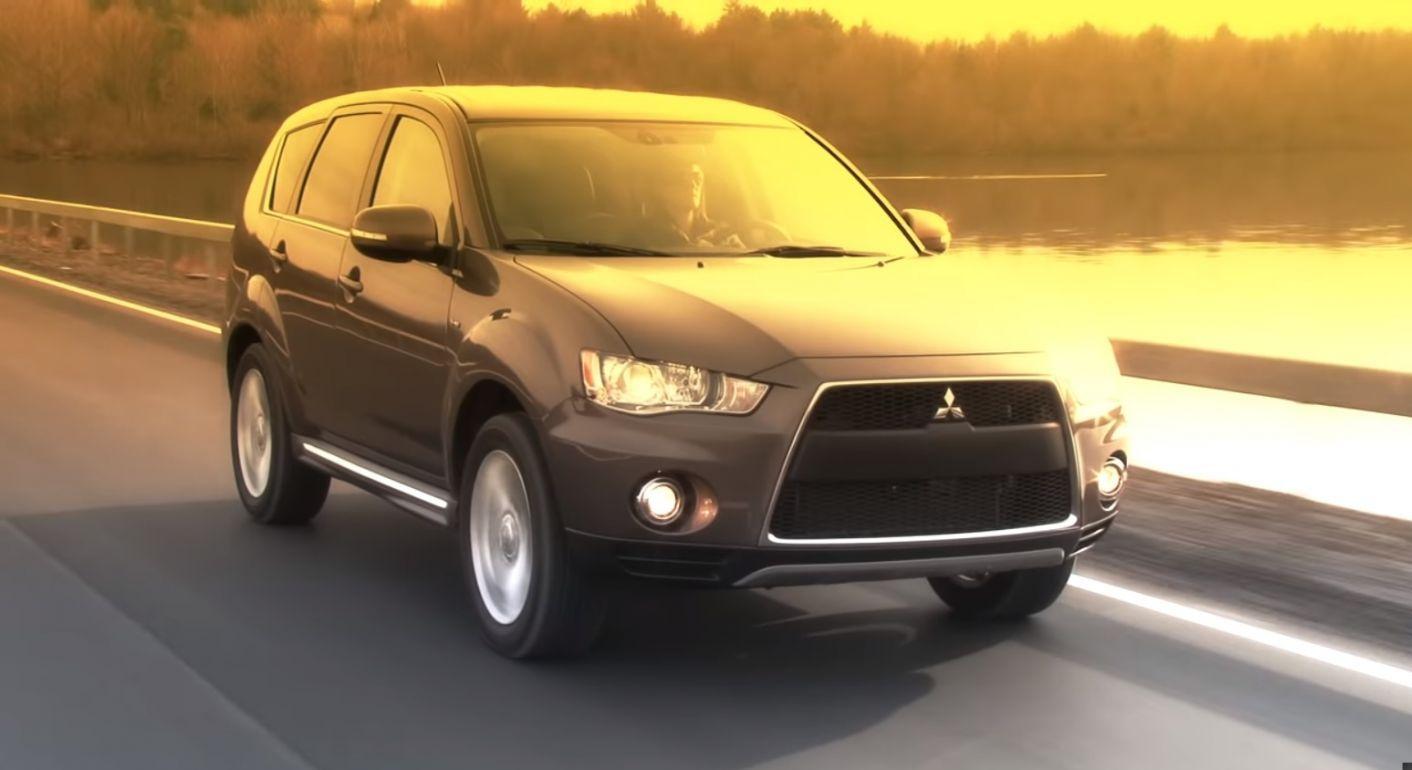 mitsubishi_outlander_gt_2012_cinza-e1585590650635 Carros automáticos usados até R$ 50 mil: 10 opções