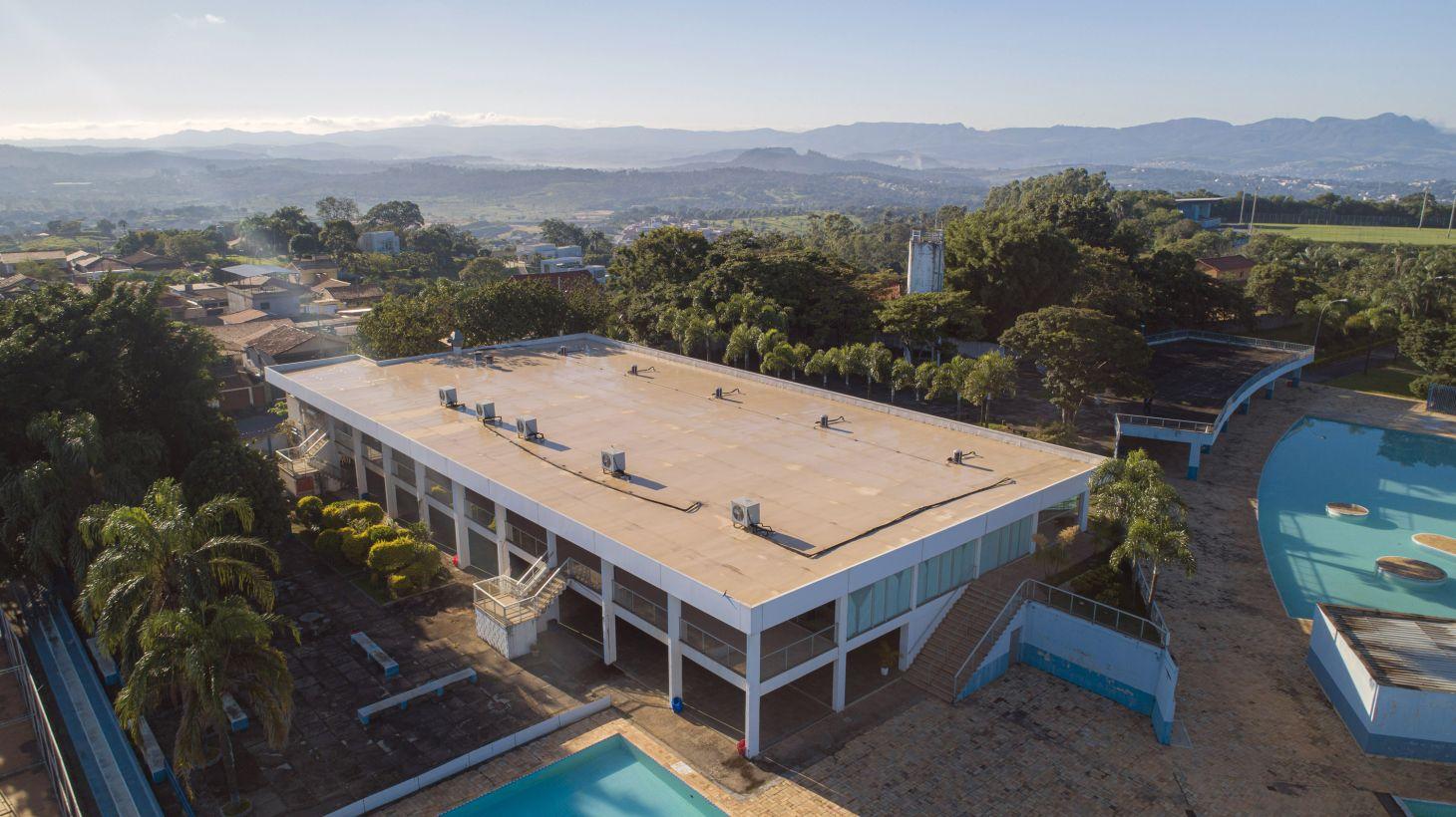 clube da fiat em betim onde sera hospital de campanha contra coronavirus piscina