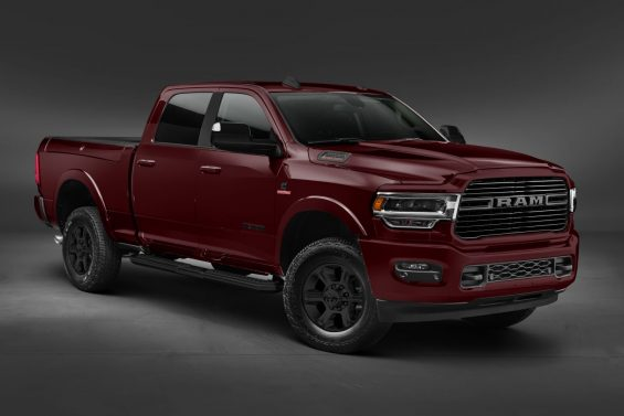 ram 2500 2020 night edition vermelha