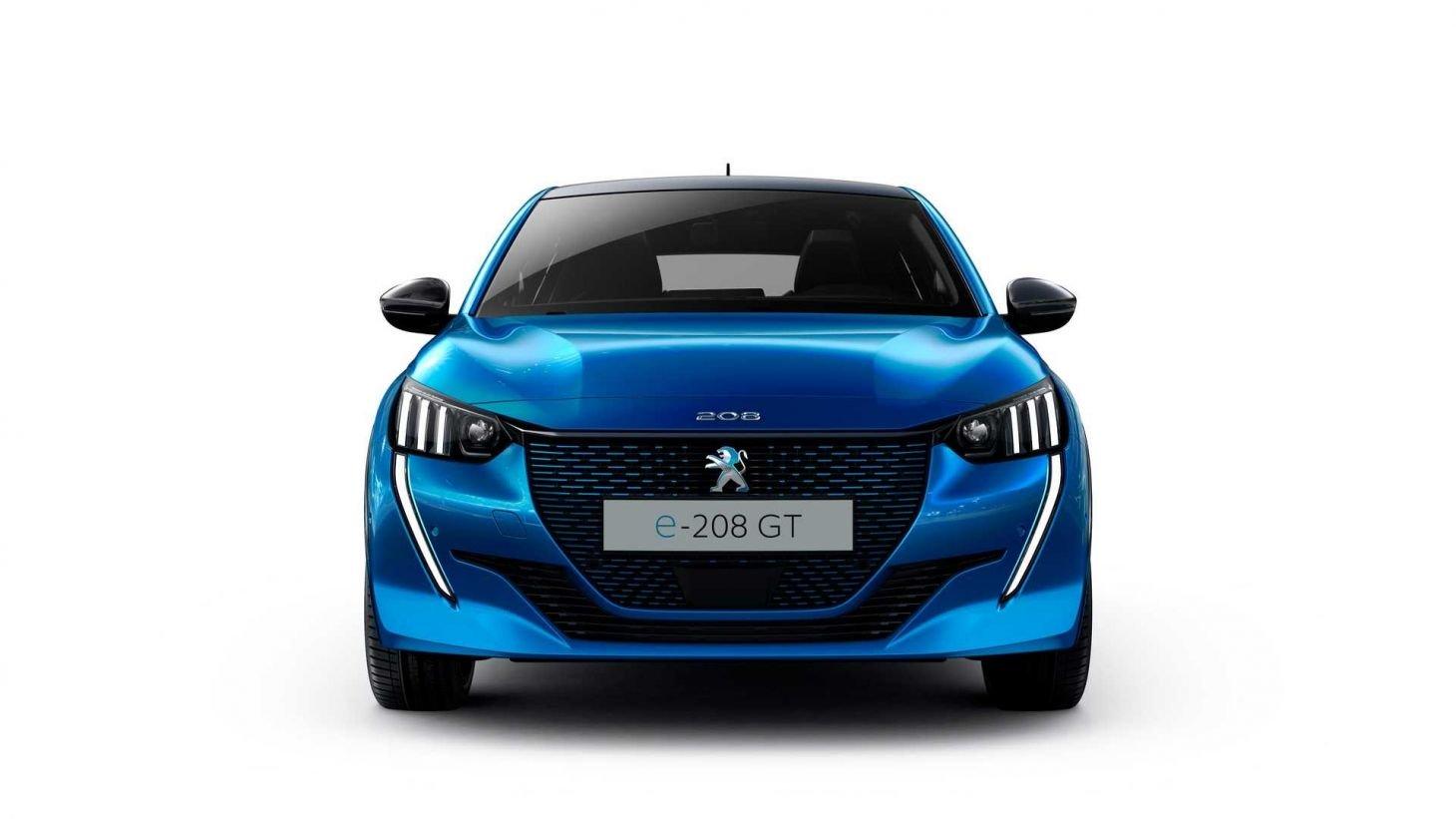 Novo Peugeot e-208 elétrico na cor azul visto de frente