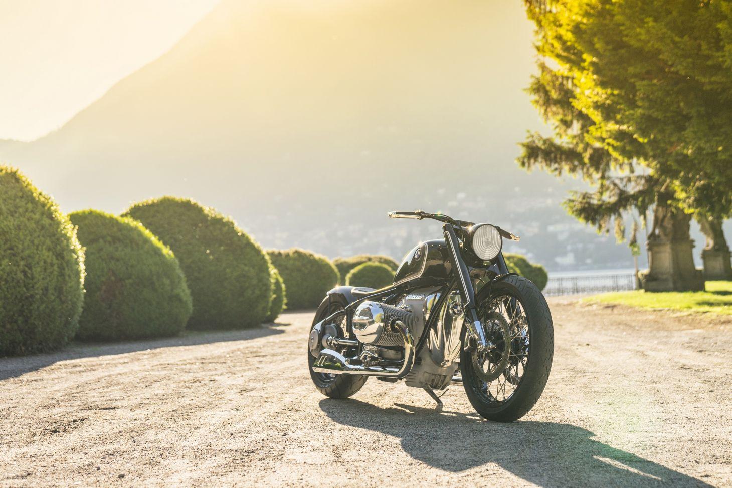 bmw r18 concept apresentada no Lago Como, na Itália