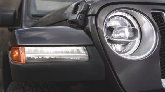 farol jeep wrangler rubicon cinza