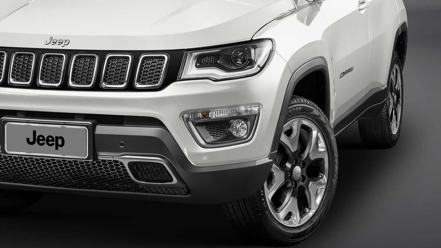 Rodas de liga leve do Jeep Compass