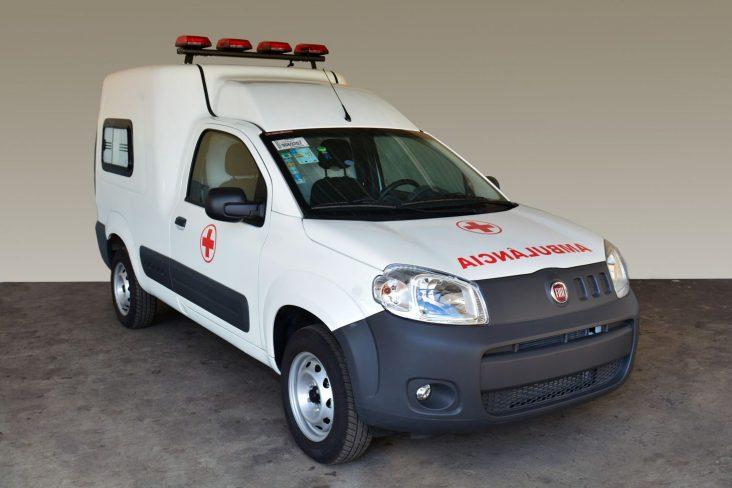 fiat fiorino ambulancia frente