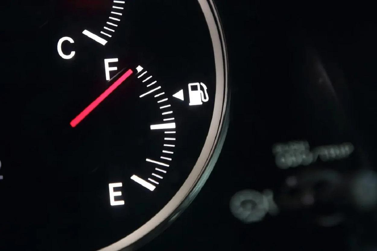 marcador combustivel carro cheio ponteiro tanque economizador