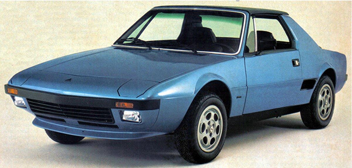 carros artesanais réplicas: corona dardo azul de frente