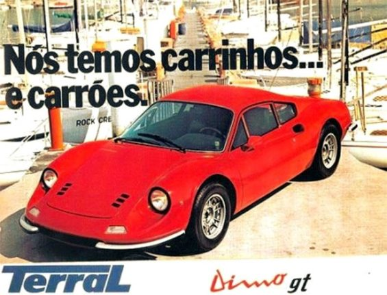 carros artesanais replicas: dimo gt vermelha de frente