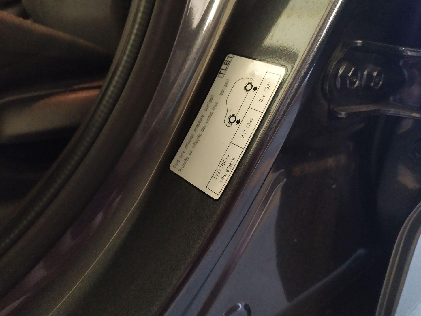 etiqueta pressao pneu 1