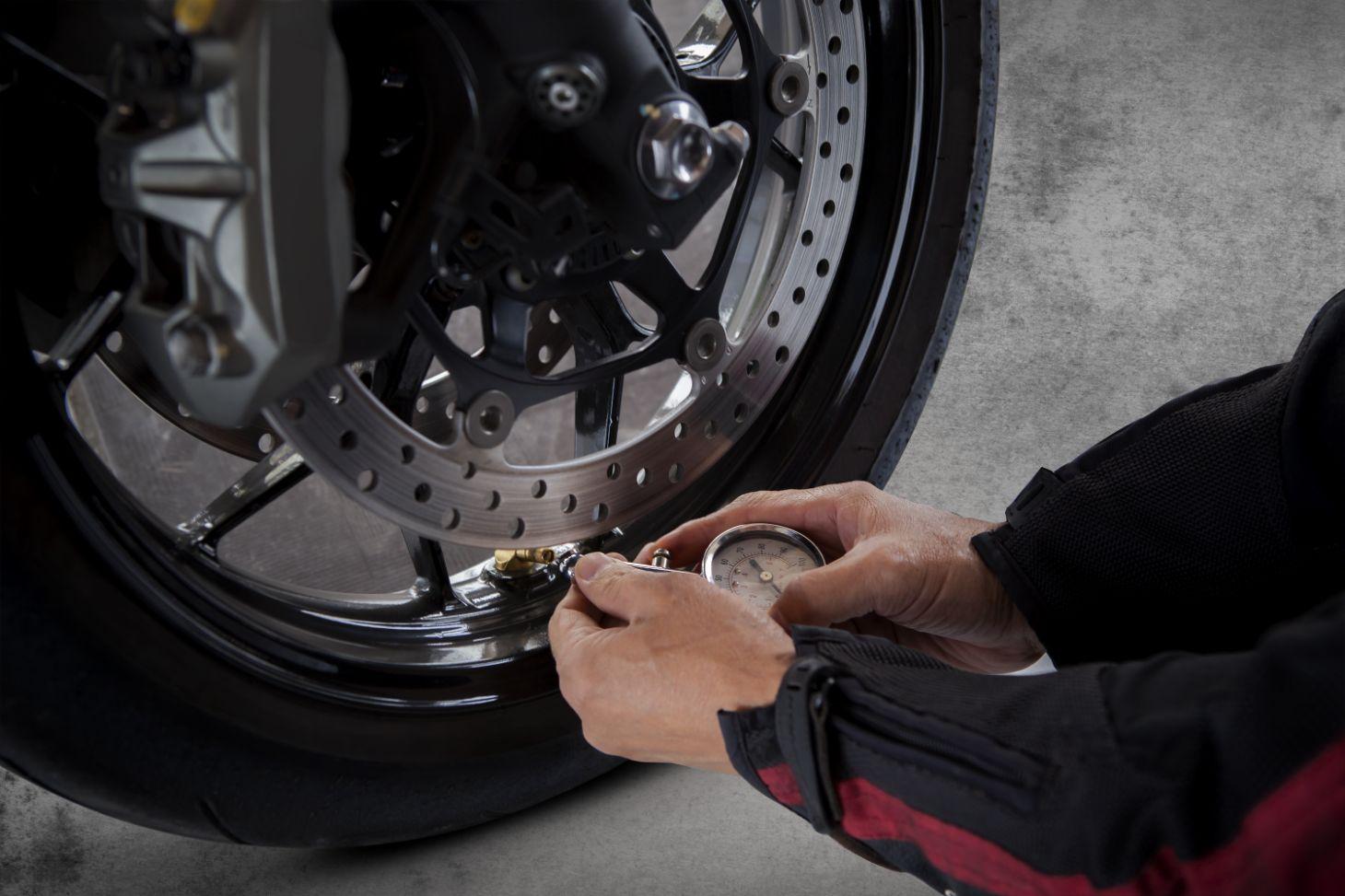 Cuidado com os pneus da sua moto