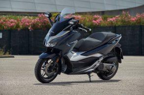 Honda Forza 300: scooter chega em breve ao Brasil