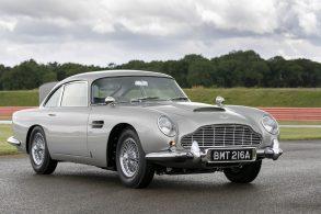 Aston Martin 'roubado de James Bond' é encontrado após 24 anos