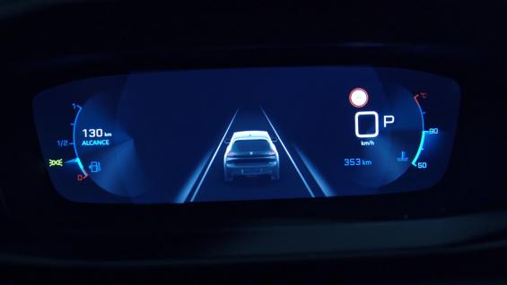 tela do i cockpit 3d o painel 3d da peugeot indicando autonomia temperatura e velocidade do veiculo