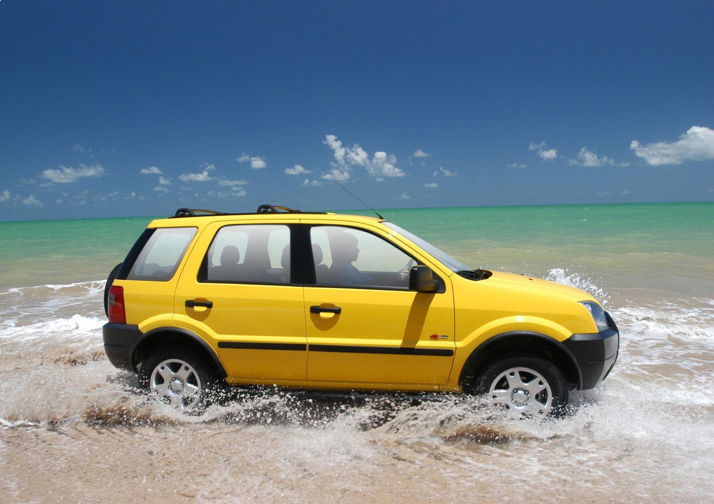 ford ecosporte amarelo