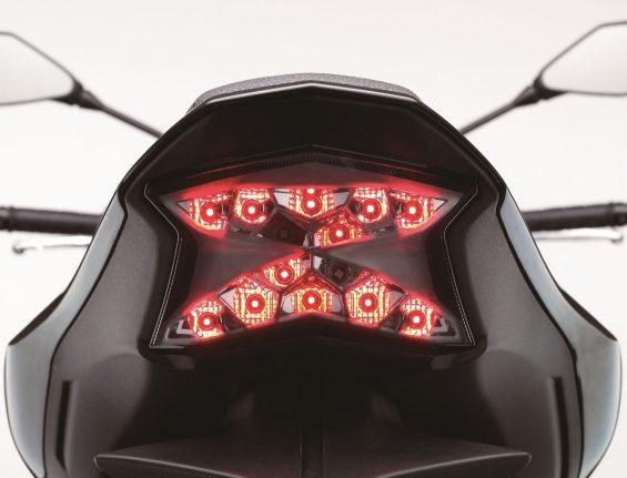 Kawasaki Z 900: lanterna traseira de LEDs em formato de Z