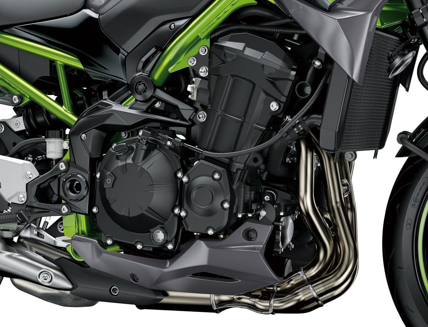 Kawasaki Z 900: motor de quatro cilindros