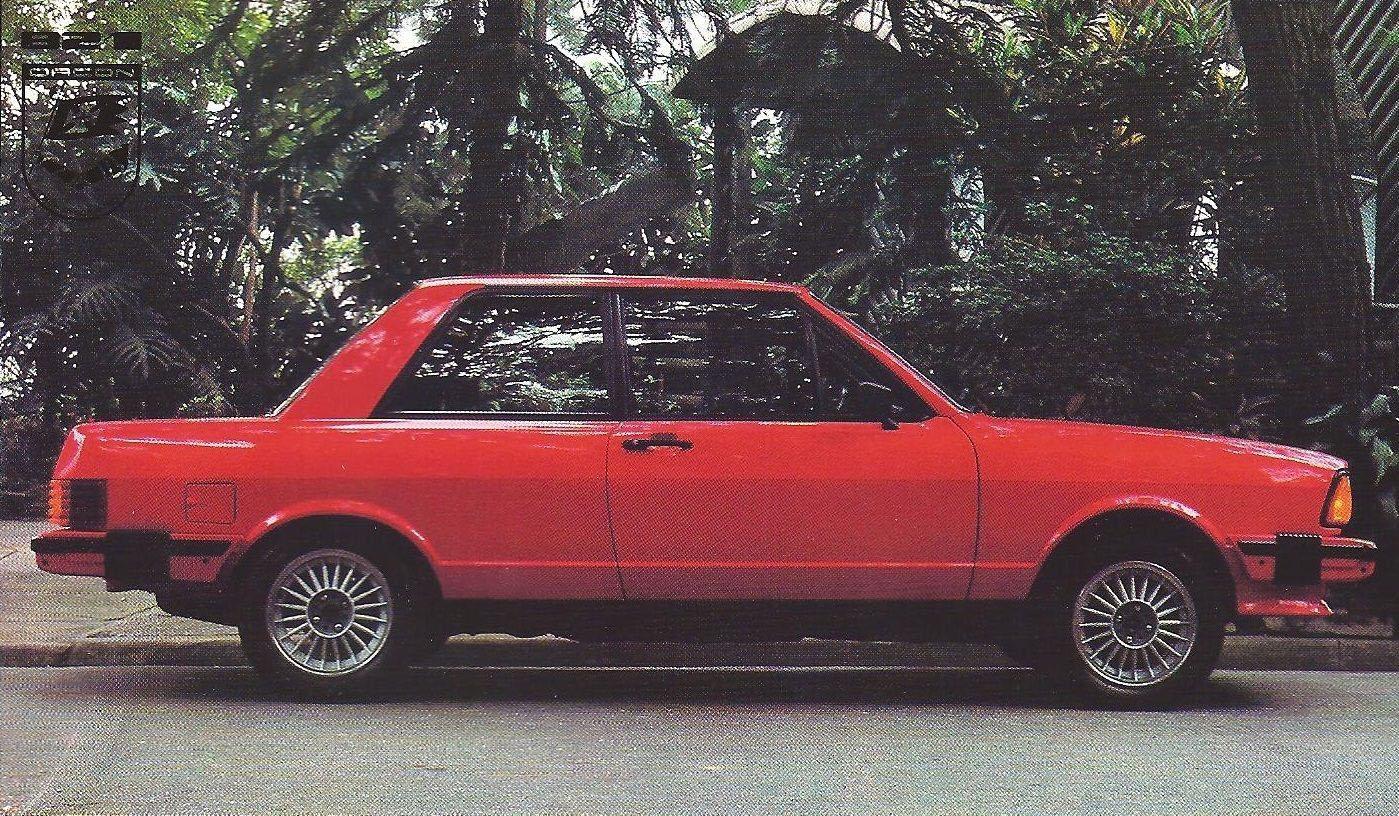 carros dos anos 80: volkswagen passat dacon vermelho lateral