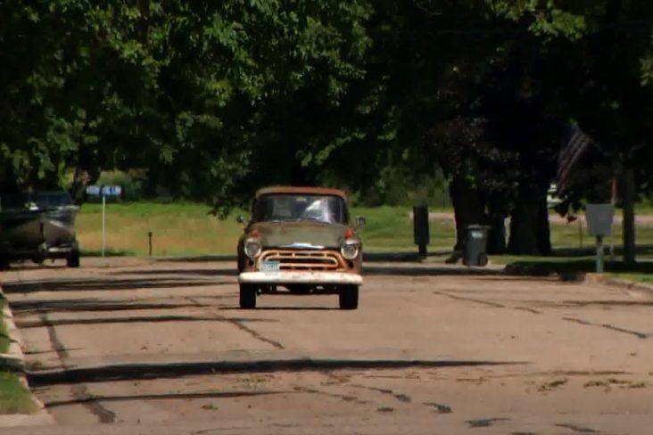 caminhonete antiga chevrolet 3100