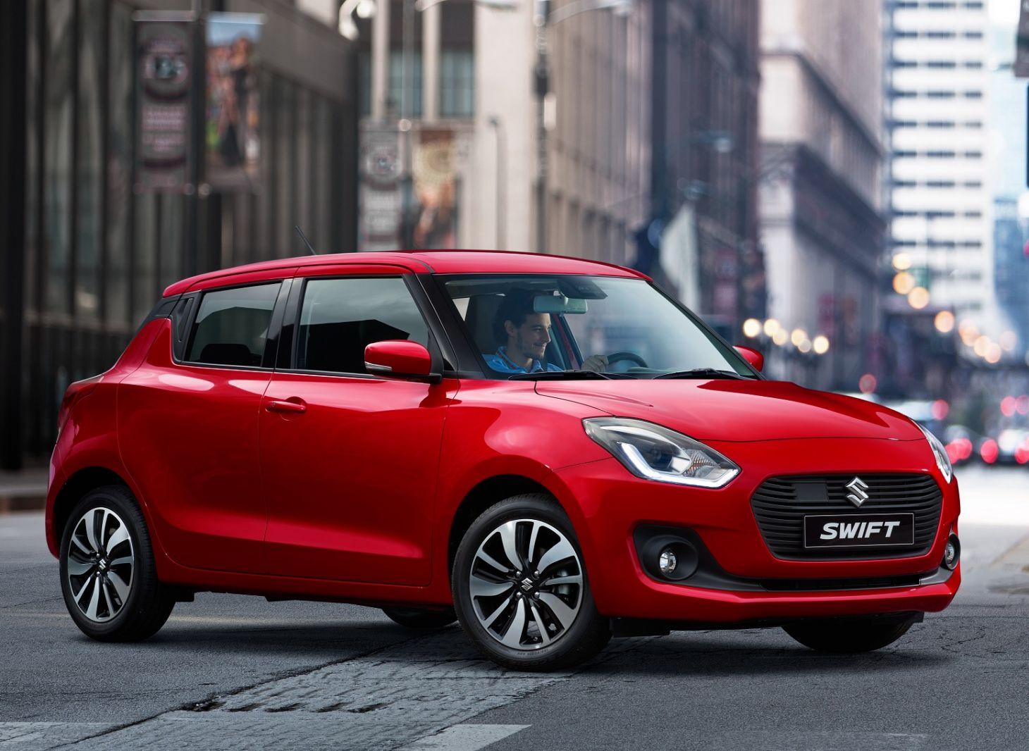 carros vendidos na Argentina: suzuki swift 2017 vermelho